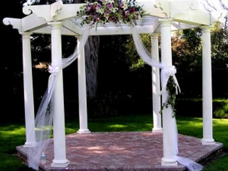 Gazebo-Wedding-Decorations-Ideas