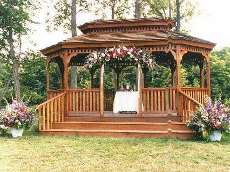 Gazebo-Wedding-Decorations-Pictures