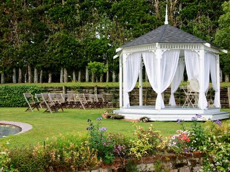Gazebo-Wedding-Decorations