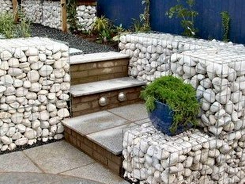 River-rocks Retaining Walls,